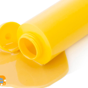 Remove mustard sauce with simple methods